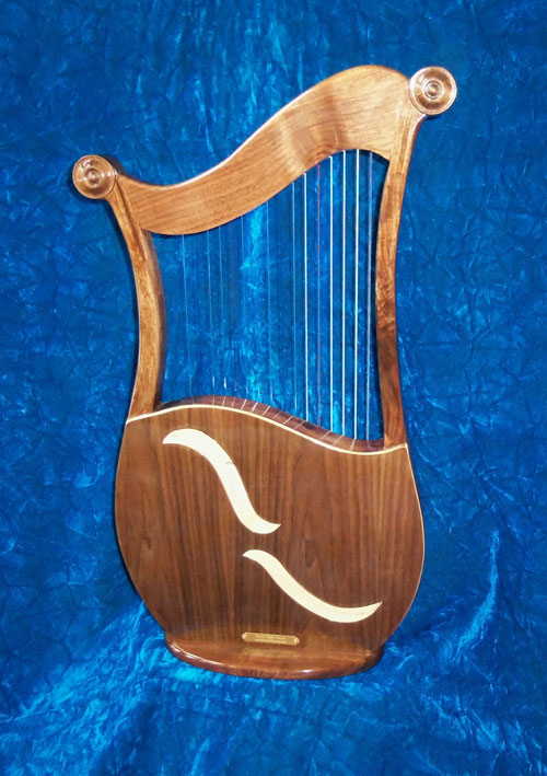 Marini Made Harps - Lyre & Lute Harps